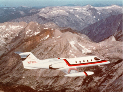 Bombardier LearJet 35, Air Taxi, used by Private Jet Charter service from AB Corporate Aviation, showing bombardier-learjet-35-flying.