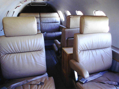 Bombardier LearJet 35, Air Taxi, used by Private Jet Charter service from AB Corporate Aviation, showing bombardier-learjet-35-inside.
