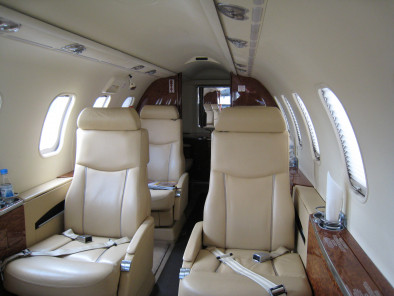 Image bombardier-learjet-40-inside of Bombardier LearJet 40 available for rent of flights with a Air taxi