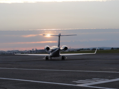 Image bombardier-learjet-45-take-off of Bombardier LearJet 45 available for rent of flights with a Private Jet