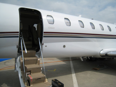 Image cessna-citation-sovereign-welcome-on-board of Cessna Citation Sovereign available for rent of flights with a Private Aircraft