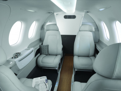 Image embraer-phenom-100-interior of Embraer Phenom 100 available for rent of flights with a Air taxi