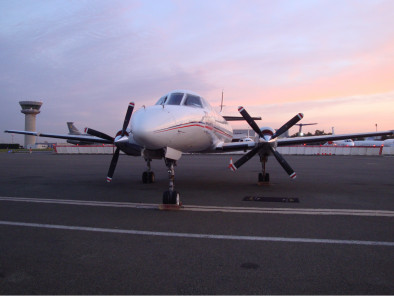 Image fairchild-dornier-metro-23-outside of Fairchild Dornier Metro 23 available for rent of flights with a Business Aircraft