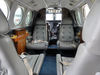 Image beechcraft-king-air-90-interior of Beechcraft King Air 90 available for rent of flights with a Air taxi