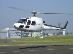 Image ecureuil-le-bourget of Airbus Helicopter Squirrel AS 355N available for rent of flights with a Private Helicopter