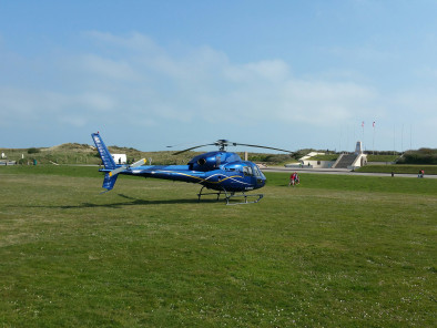 VIP excursion D-Day Tour by a Private Helicopter, thanks to Private Jet Charter service from AB Corporate Aviation, showing les-plages-du-debarquement-de-normandie-helicoptere-utah-beach.