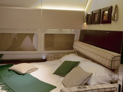 Image bbj-bedroom of Boeing Business Jet BBJ available for rent of flights with a Private Jet