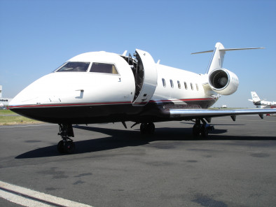 Bombardier Challenger 604, Private Jet, used by Private Jet Charter service from AB Corporate Aviation, showing challenger-604-outside.