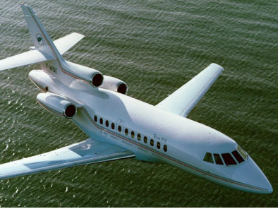 Image dassault-falcon-900-flying of Dassault Falcon 900 EX available for rent of flights with a Business Jet